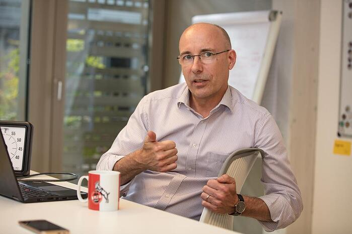 """Albert Dahmen ist Leiter """"Transactional Business"""" bei der AXA"""